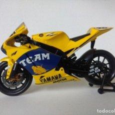 Motos in scale: MOTO YAMAHA VALENTINO ROSSI 2006/ESCALA 1/12.. Lote 248489640