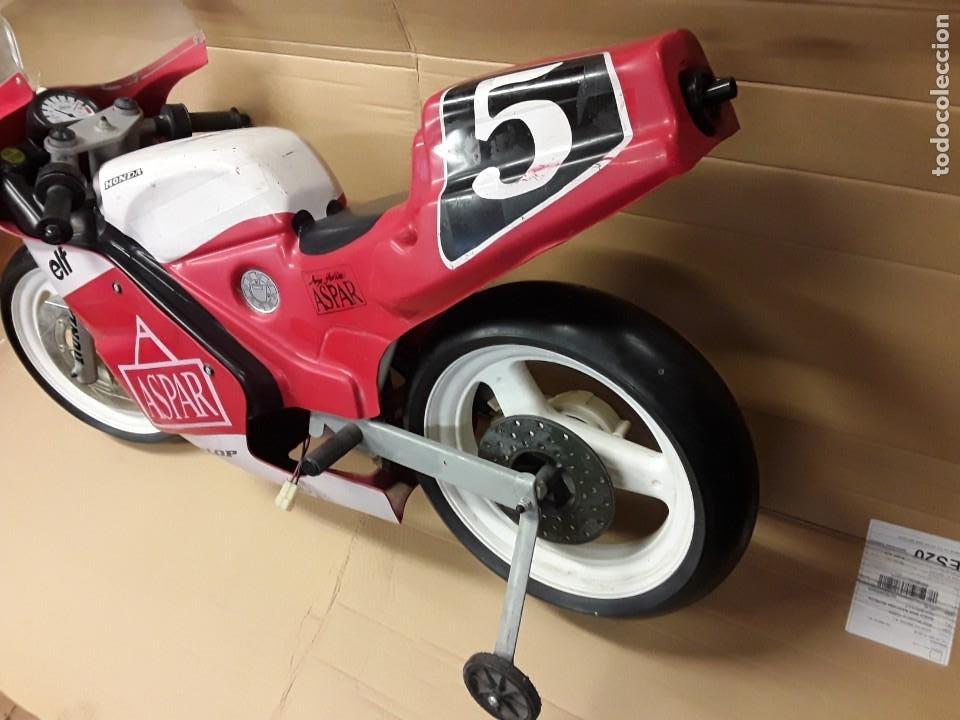 Motos a escala: Moto carreras Aspar honda 125 cobas, réplica eléctrica, antigua. - Foto 3 - 248812575