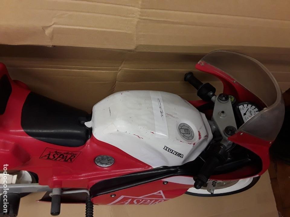 Motos a escala: Moto carreras Aspar honda 125 cobas, réplica eléctrica, antigua. - Foto 7 - 248812575