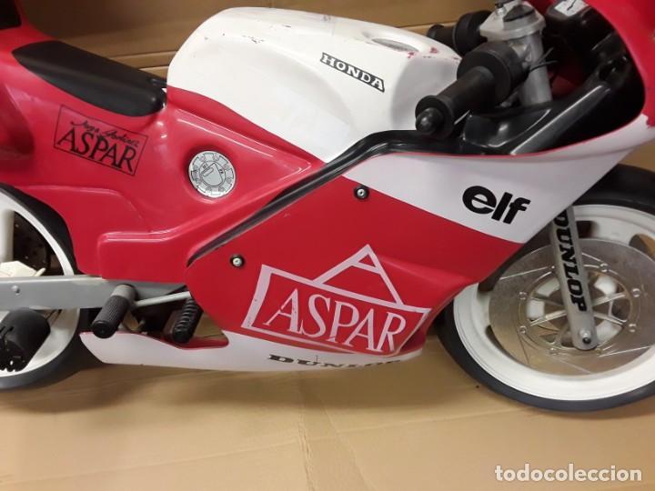Motos a escala: Moto carreras Aspar honda 125 cobas, réplica eléctrica, antigua. - Foto 8 - 248812575