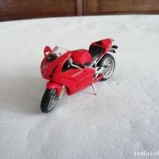 Motos a escala: ALTAYA 1/24 MOTO DUCATI 999 TESTASTRETTA. Lote 252103860