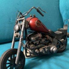 Motos a escala: ANTIGUA MOTO HARLEY MÉTAL. Lote 252860740