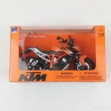 Motos a escala: KTM 1290 SUPER DUKE R NEWRAY 1:12 NUEVA. Lote 257379650