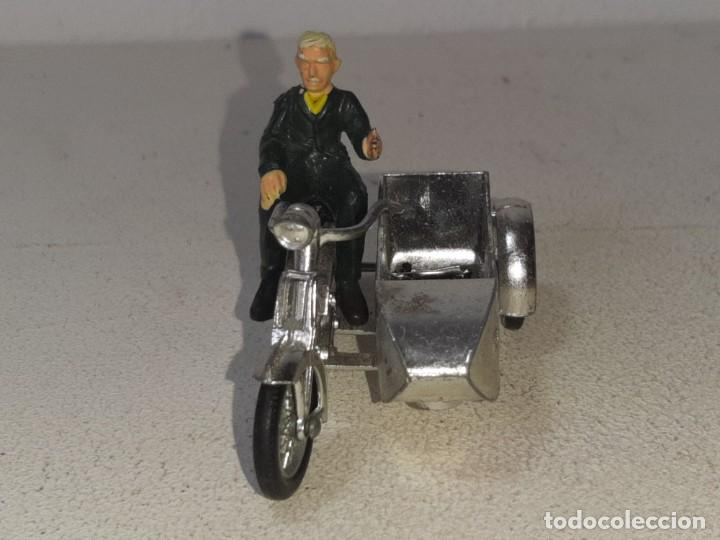Motos a escala: MATCHBOX LESNEY : ANTIGUA MOTO SIDECAR SUNBEAM 1917 - MODELS OF YESTERYEAR - MADE IN ENGLAND AÑOS 60 - Foto 4 - 262768340