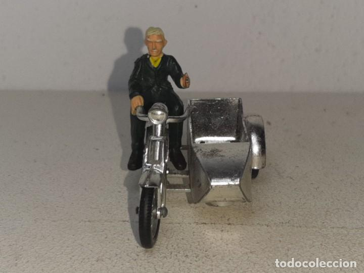 Motos a escala: MATCHBOX LESNEY : ANTIGUA MOTO SIDECAR SUNBEAM 1917 - MODELS OF YESTERYEAR - MADE IN ENGLAND AÑOS 60 - Foto 14 - 262768340