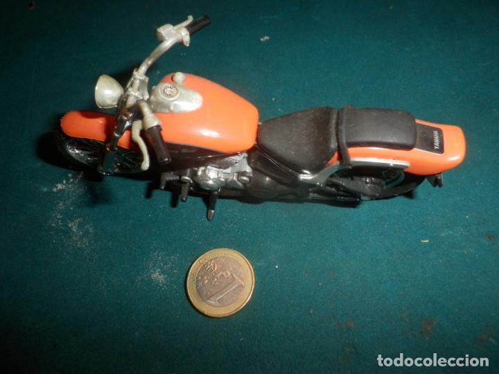 Motos a escala: MOTO YAMAHA DRAG STAR - MOTOCICLETA COLOR NARANJA - Foto 2 - 262843930