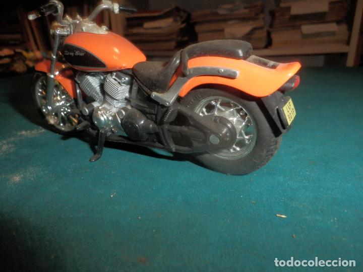 Motos a escala: MOTO YAMAHA DRAG STAR - MOTOCICLETA COLOR NARANJA - Foto 3 - 262843930