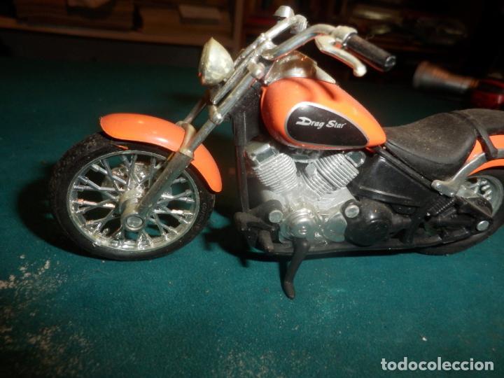 Motos a escala: MOTO YAMAHA DRAG STAR - MOTOCICLETA COLOR NARANJA - Foto 4 - 262843930