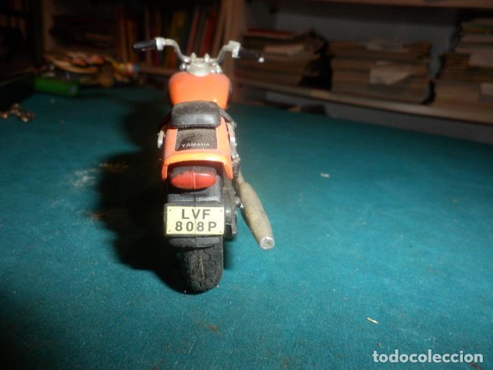 Motos a escala: MOTO YAMAHA DRAG STAR - MOTOCICLETA COLOR NARANJA - Foto 6 - 262843930