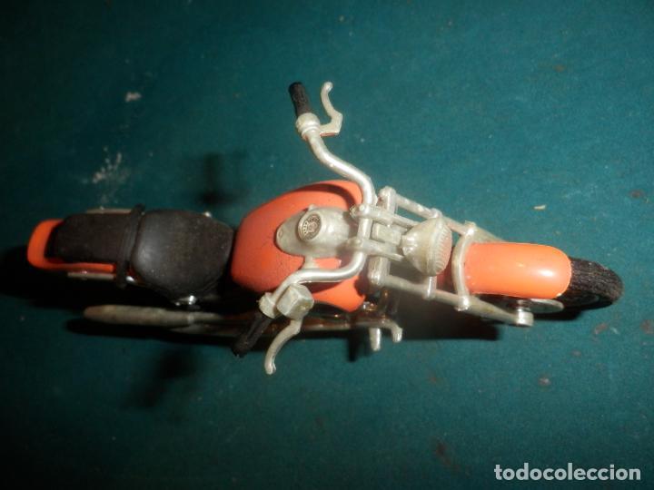 Motos a escala: MOTO YAMAHA DRAG STAR - MOTOCICLETA COLOR NARANJA - Foto 7 - 262843930