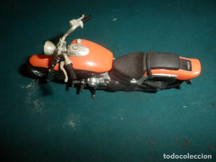 Motos a escala: MOTO YAMAHA DRAG STAR - MOTOCICLETA COLOR NARANJA - Foto 8 - 262843930