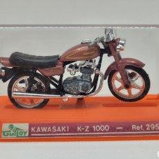 Motos a escala: MOTO GUILOY KAWASAKI K-Z 1000 REF 295. COMPLETA EN CAJA. NUEVA. SIN USO. MADE IN SPAIN.. Lote 266936124