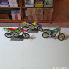 Motos a escala: TRES MOTOS DE MONTAÑA, LAS FOTOGRAFIADAS.. Lote 268131919