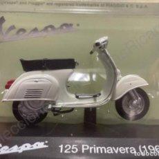 Motos à l'échelle: MOTO VESPA 125 PRIMAVERA / 1968 (ESCALA 1:18) MOTOS,N7,CLÁSICO,OFICIAL,ORIGINAL,. Lote 268267409