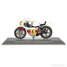 Motos a escala: YAMAHA YZR500 OW23 GIACOMO AGOSTINI 1975 1:18 IXO SALVAT DIECAST MOTO GP. Lote 269706963