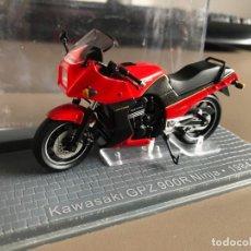 Motos a escala: VENDO KAWASAKI GPZ 900 R NINJA - 1984. Lote 274338223