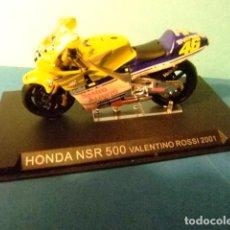 Motos a escala: HONDA NSR 500 VALENTINO ROSSI 2001. Lote 274936768