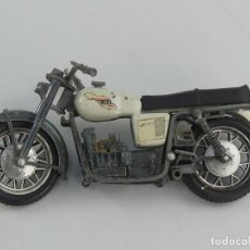Motos in scale: ANTIGUA MOTO DE JUGUETE DE METAL, MOTO GUZZI. Lote 275724923