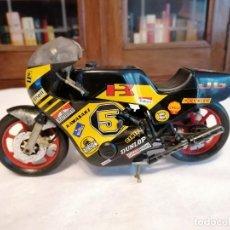 Motos a escala: GUILOY 1/10 KAWASAKI MOTO GP METAL. Lote 276582453
