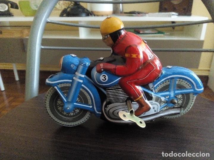 MOTO A ESCALA (Juguetes - Motos a Escala)