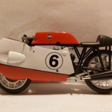 Motos a escala: GILERA 500 1957. Lote 295869713