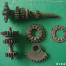 Motos: CONJUNTO ENGRANAJES CAMBIO ARRANQUE Y PIÑON SALIDA CLUA 74 - 125 - 175. Lote 66113958