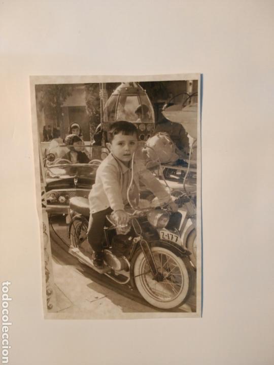 FOTO ANTIGUA NIÑO CON MOTO,ALICANTE (Coches y Motocicletas - Motocicletas Antiguas (hasta 1.939))