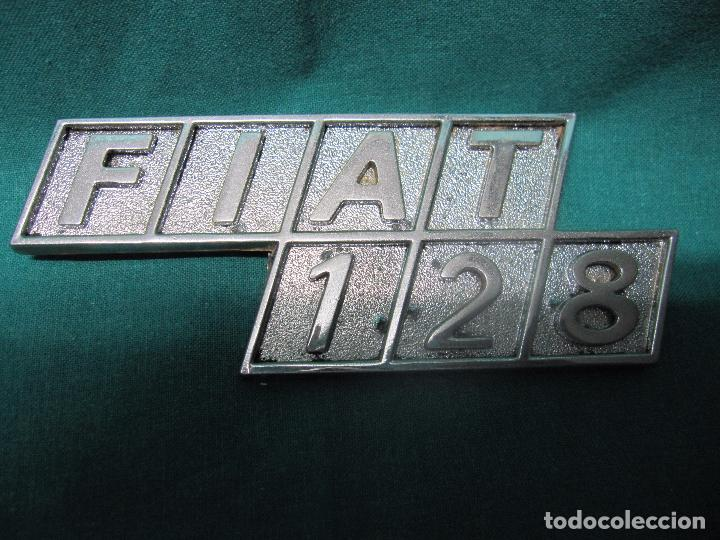 Motos: ANTIGUO LOGOTIPO VEHICULO FIAT 128 LOTE Nº 1 - Foto 4 - 96458915
