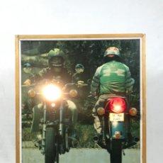 Motos: ANTIGUO PANEL LUMINOSO. CARTEL APRENDIZAJE AUTOESCUELA MOTO KAWASAKI. CON LUCES. FUNCIONANDO. Lote 254816405