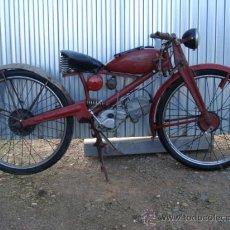 Motos: MOTO ANTIGUA MOTO GUZZI 65, CAMBIO EN EL DEPOSITO. MATRICULA DE LLEIDA 9.... Lote 40866151
