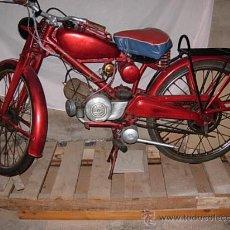 Motos: MOTO GUZZI 48 CENTÍMETROS CÚBICOS CC DE 1961. FUNCIONANDO.. Lote 34147220