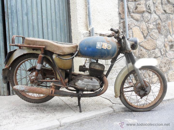 MOTOCICLETA BULTACO 155 EN ESTADO ORIGINAL. 153 CMS CUBICOS. 2 MODELO DE LA CASA BULTACO. AÑOS 60 (Coches y Motocicletas - Motocicletas Clásicas (a partir 1.940))