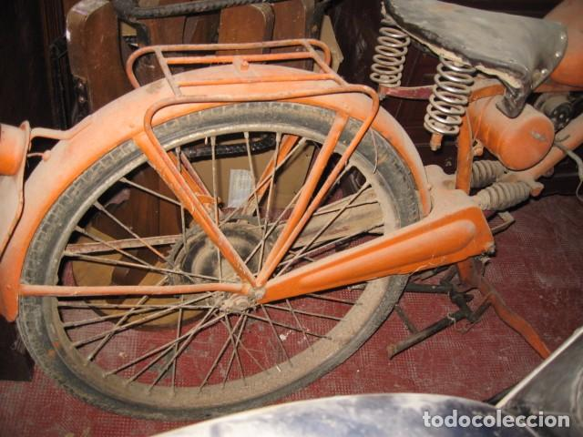 Motos: Antigua moto Guzzi color naranja cambio manual, para restaurar. - Foto 2 - 82758576