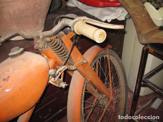 Motos: Antigua moto Guzzi color naranja cambio manual, para restaurar. - Foto 6 - 82758576
