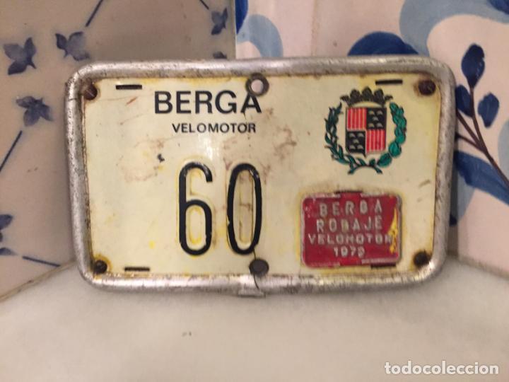 Motos: Antigua matricula de Velomotor de la ciudad de Berga año 1972 - Foto 2 - 150844374