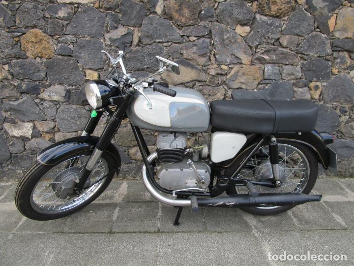 MOTO OSSA 160 CC - RESTAURADA - CON DOCUMENTACIÓN - MATRICULA LE-23137 - AÑO 1964 (Coches y Motocicletas - Motocicletas Clásicas (a partir 1.940))