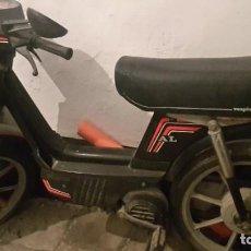 Motos: VESPINO NEGRO MODELO AL AÑO 1989. Lote 200173553