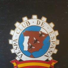 Motos: CHAPA VESPA CLUB ESPAÑA AÑOS 50. Lote 234834245