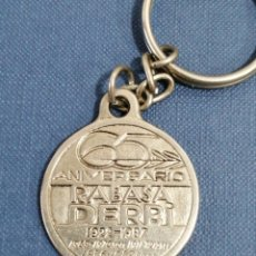 Motos: TODO UN CLASICO LLAVERO DERBI RABASA CAMPEONA DEL MUNDO 65 ANIVERSARIO 1922 1987. Lote 267280474