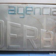 Motos: CARTEL LETRERO AÑOS 60 CONCESIONARIO TALLER DERBI CON ILUMINACION. Lote 288367513