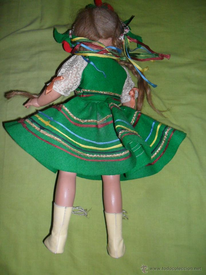 Muñeca Cayetana: Muñeca Cayetana de 3ª generación con vestido típico ruso (Industrias Diana) años 50 - Foto 3 - 44992205