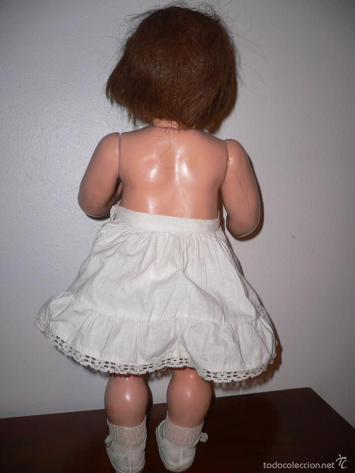 Muñeca Cayetana: Preciosa muñeca Cayetana andadora cuando camina mueve la cabeza ,toda original - Foto 9 - 55698346