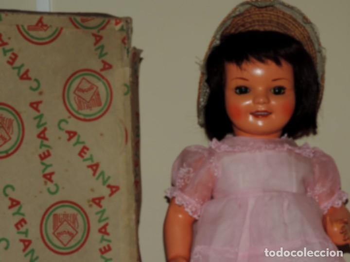 Muñeca Cayetana: Muñeca Cayetana, cabeza y cuerpo en cartón piedra. Cabello natural en buen estado, ojo durmiente, - Foto 3 - 70532217