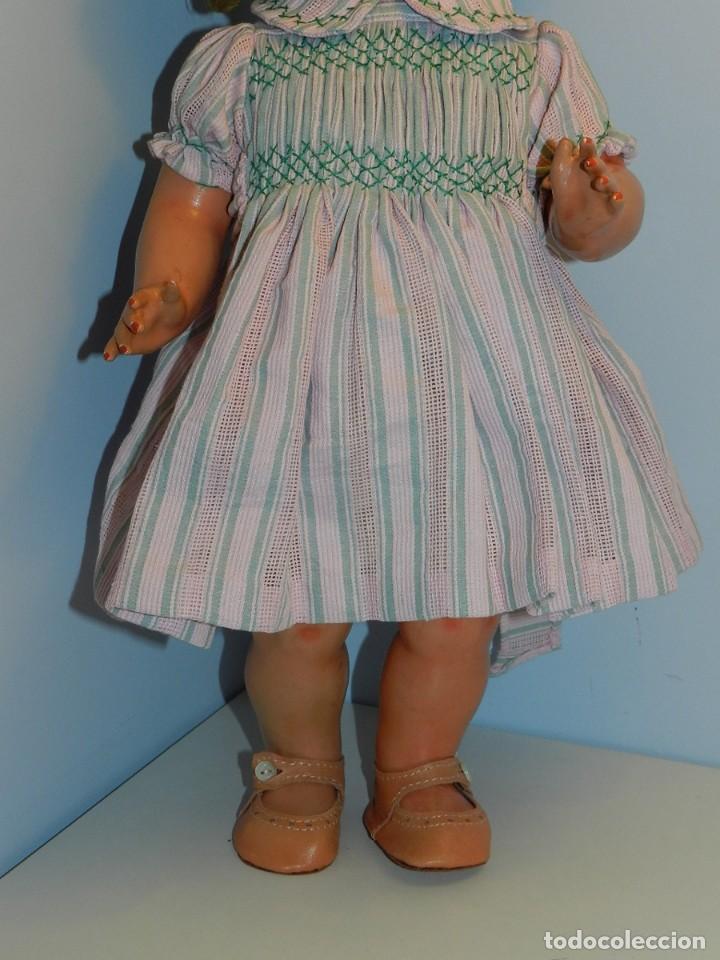 Muñeca Cayetana: Monísima muñeca Cayetana de primera época 1946- Realizada en cartón piedra, cabello de mohair en mu - Foto 3 - 122600063