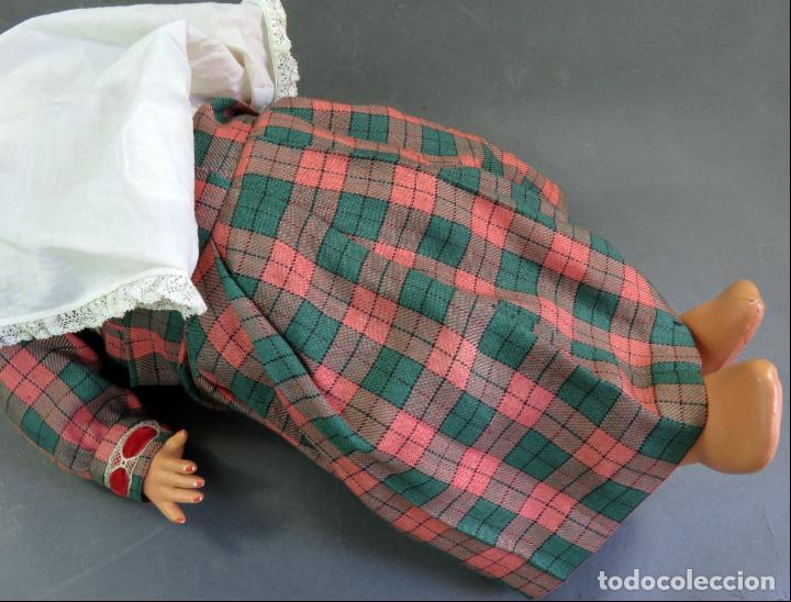 Muñeca Cayetana: Cayetana andadora muñeca cartón piedra ojo durmiente pelo natural años 40 - 50 43 cm - Foto 10 - 142434626