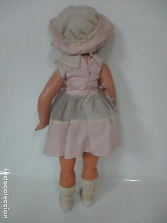 Muñeca Cayetana: Preciosa Muñeca Andadora - Marca Diana - Celuloide - Vestido Original - Cabello Mohair - 67cm Altura - Foto 14 - 147868450