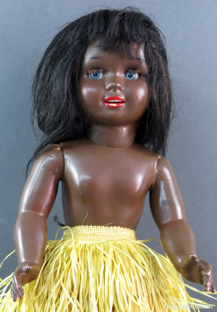 Muñeca Cayetana: Cayetana negra hawaiana Diana celuloide ojo durmiente flirty eyes años 50 45 cm alto - Foto 2 - 176754382
