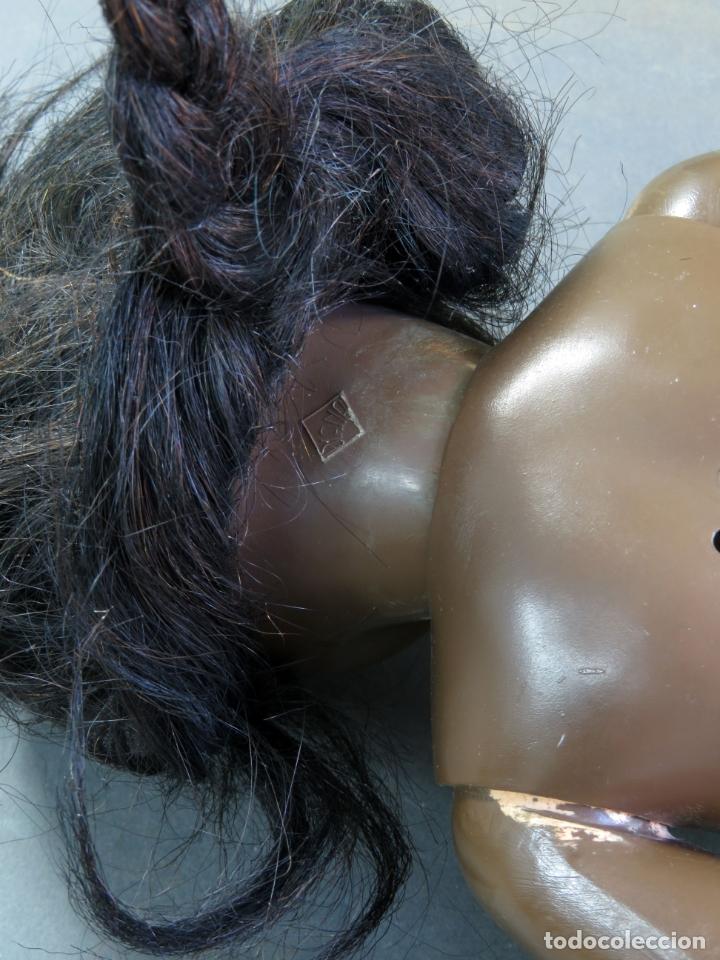Muñeca Cayetana: Cayetana negra hawaiana Diana celuloide ojo durmiente flirty eyes años 50 45 cm alto - Foto 8 - 176754382