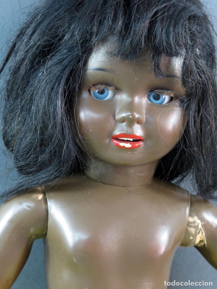 Muñeca Cayetana: Cayetana negra hawaiana Diana celuloide ojo durmiente flirty eyes años 50 45 cm alto - Foto 13 - 176754382