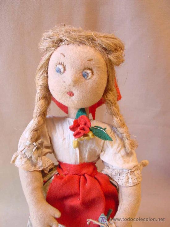 Muñeca española clasica: ARTESANAL MUÑECA, FIELTRO Y PAJA, MEDIDAS: 35 cm - Foto 8 - 18446039